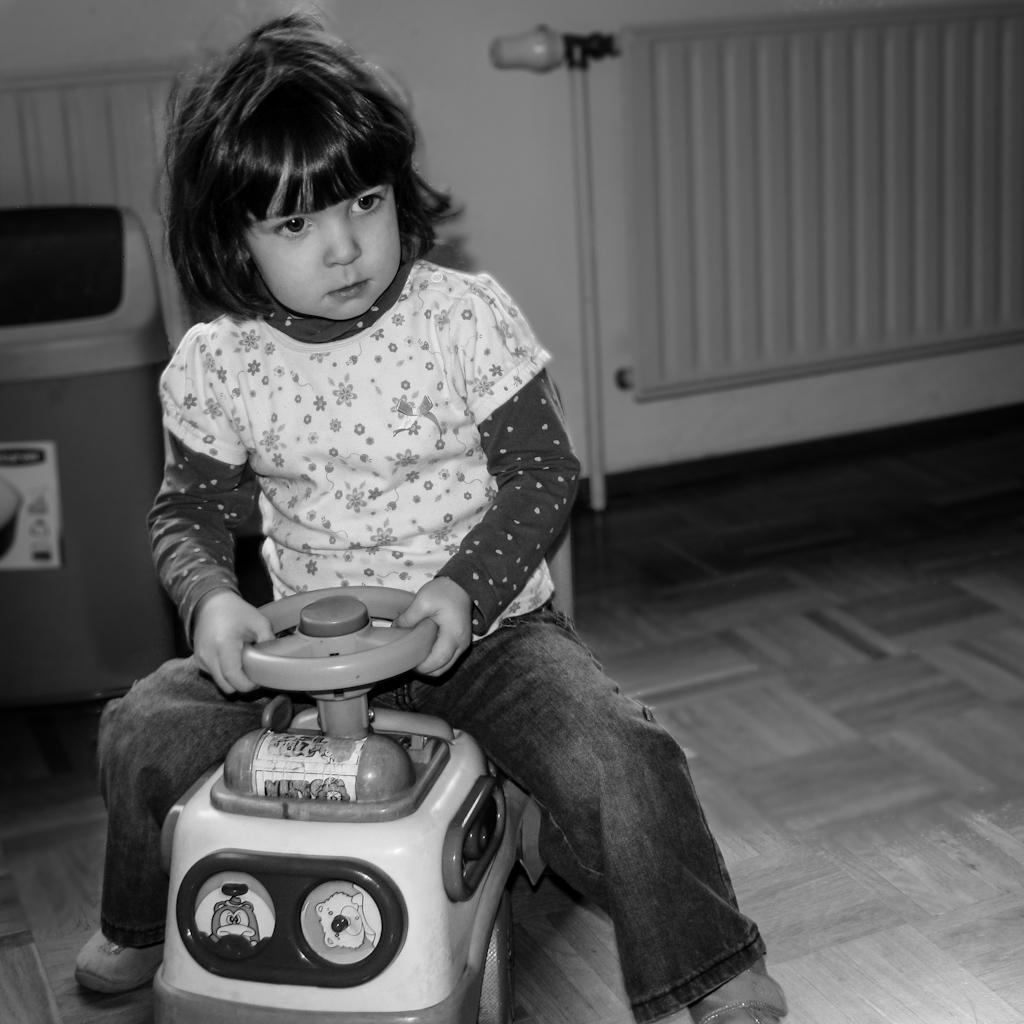 http://fredetsev.eu/galeriesLR/Elizabeth_kinderkrippe_11-12/content/images/large/IMG_4174.jpg