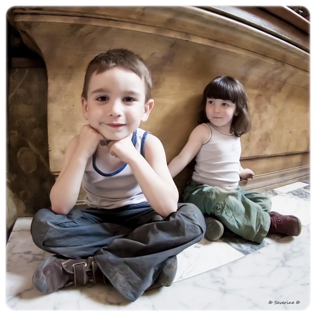 http://fredetsev.eu/imagespourblog/enfants_sages_eglise.jpg